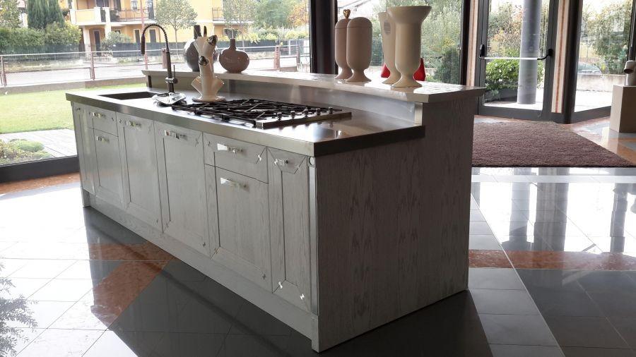 Spagnolo arredamenti brummel cucina mobilifici verona for Cucine outlet verona
